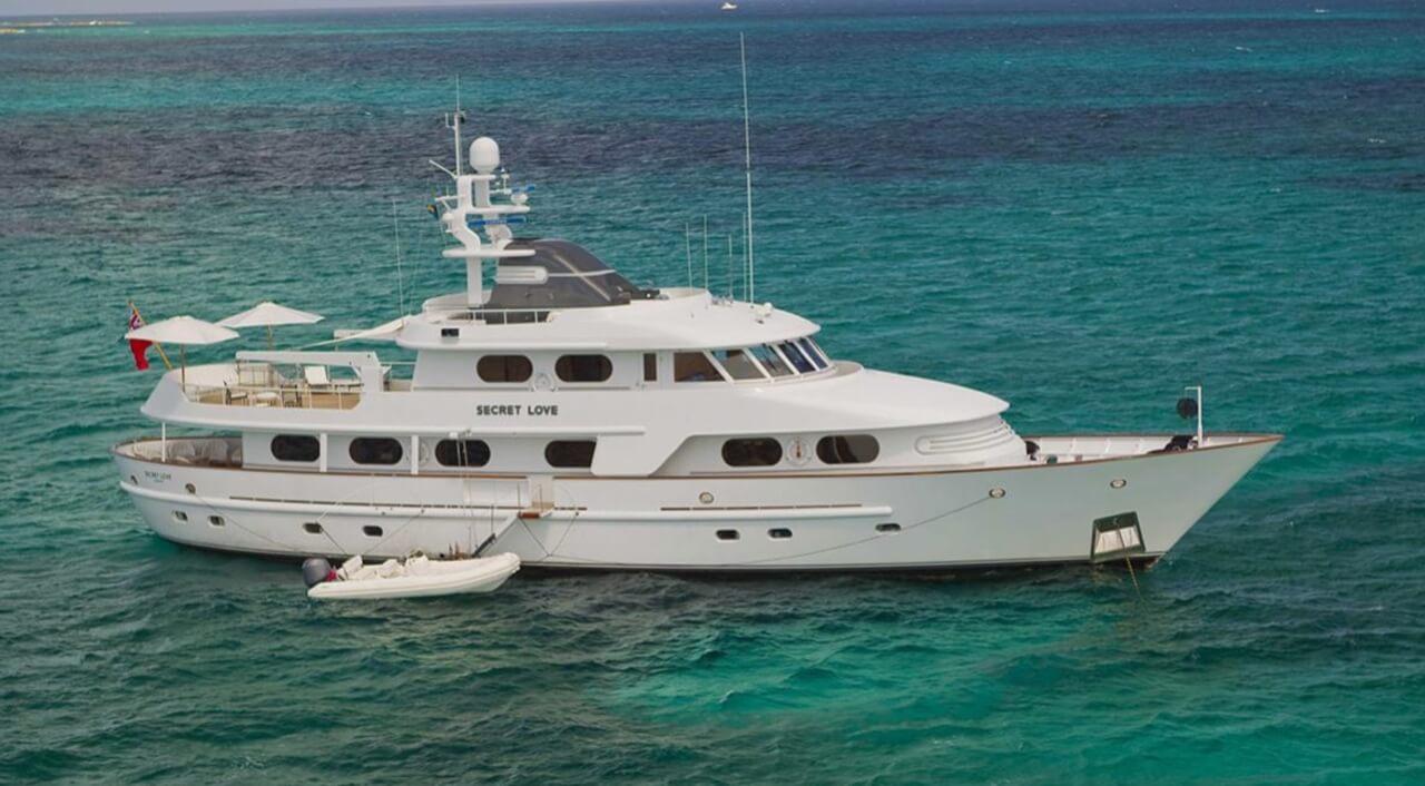 AMELS - SECRET LOVE - Yachts for sale in Saint-Tropez